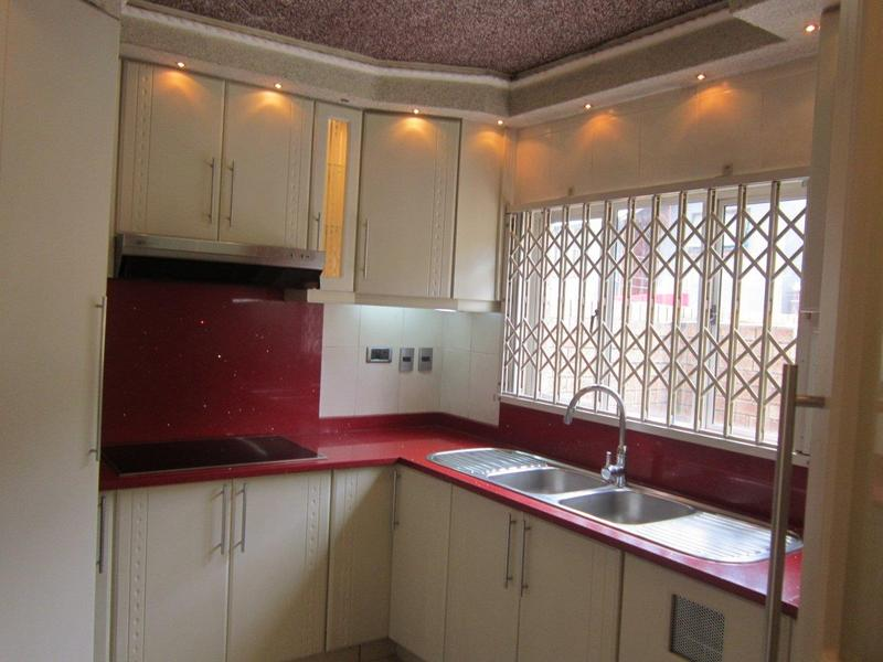 Property For Sale in Arena Park, Chatsworth 2