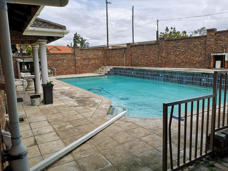 Property For Sale in Malvern, Queensburgh 19