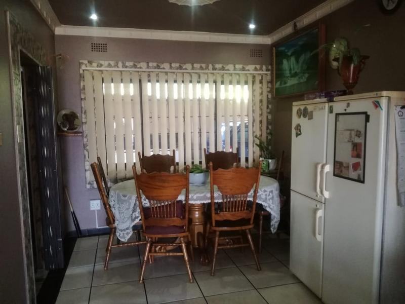 Property For Sale in Shallcross, Chatsworth 4