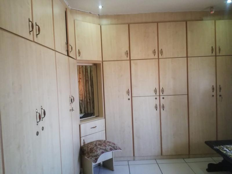 Property For Sale in Shallcross, Chatsworth 9