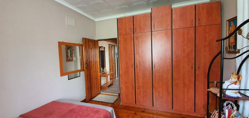 Property For Sale in Escombe, Queensburgh 9