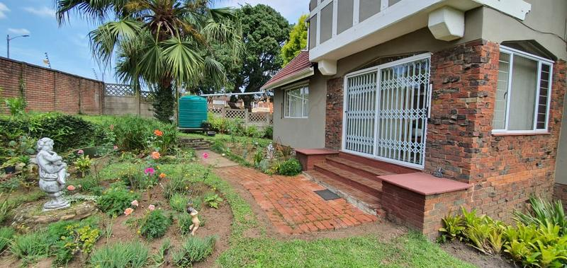 Property For Sale in Escombe, Queensburgh 19