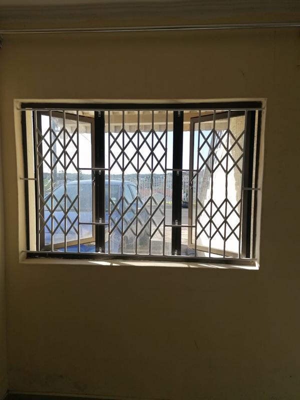 Property For Rent in Kharwastan, Chatsworth 3