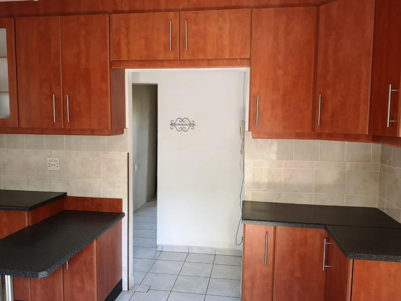 House For Sale in Nirvana Hills, Queensburgh