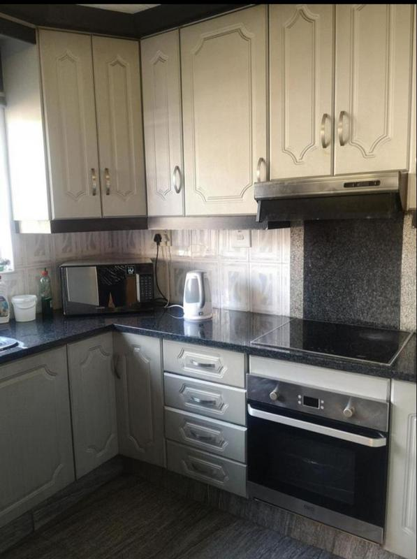 House For Sale in Westcliff, Chatsworth