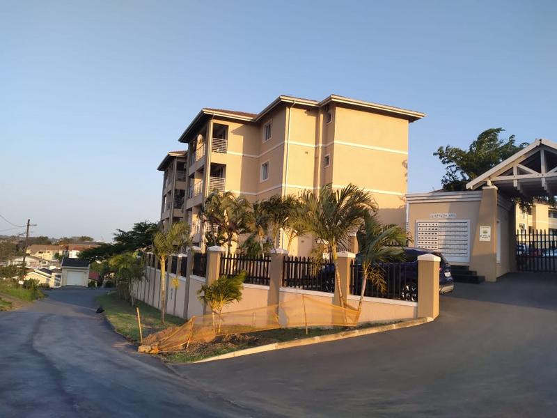 Apartment / Flat For Sale in Parlock, Newlands